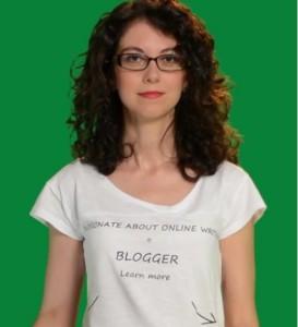 Portret cu bluza blogger